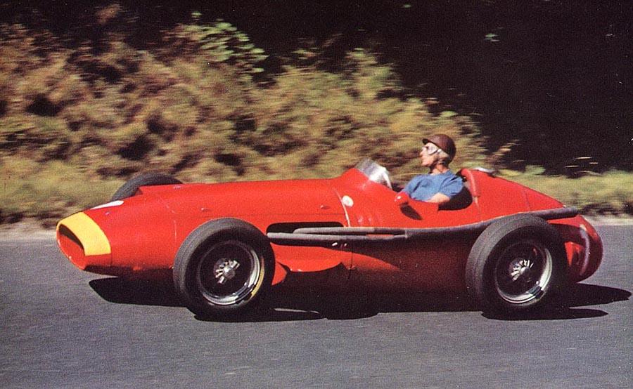 1957_Maserati_250F_Juan_Manuel_Fangio_ALE01