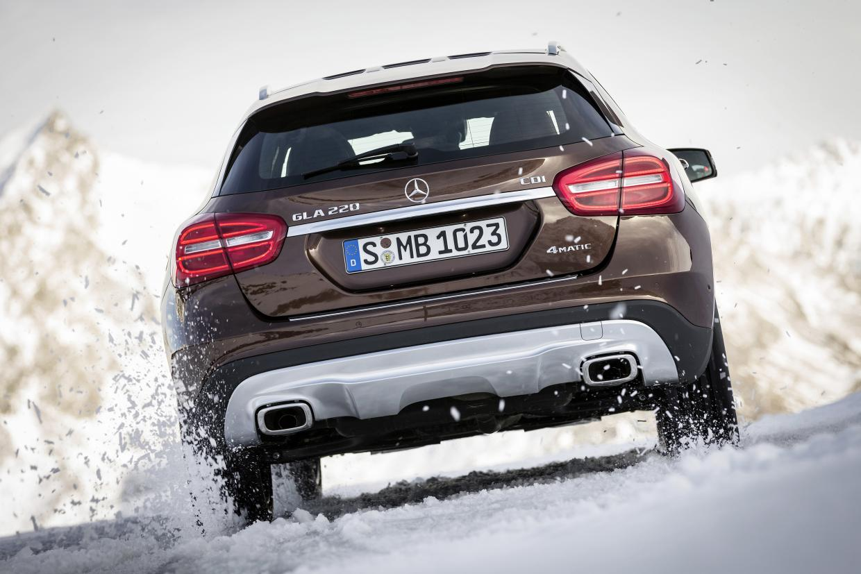 Mercedes Benz Crossover GLA - Cortina Winter Polo