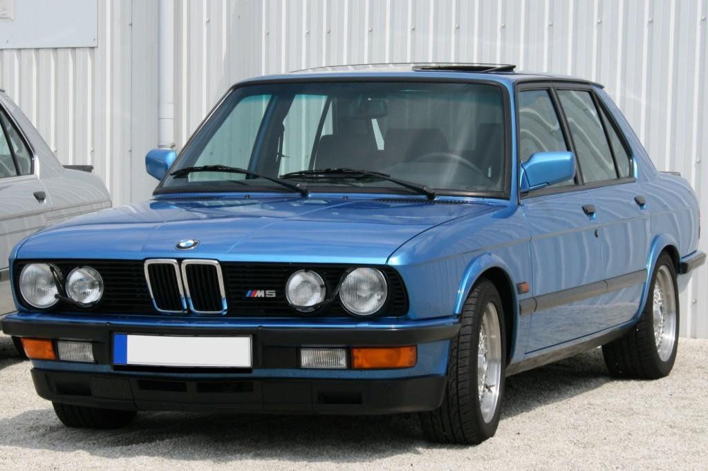 BMW M5 (1a generazione, anche nota come BMW M5  E28)