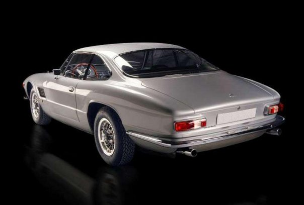 1962_Bertone_Maserati_5000_GT_Coupe_03