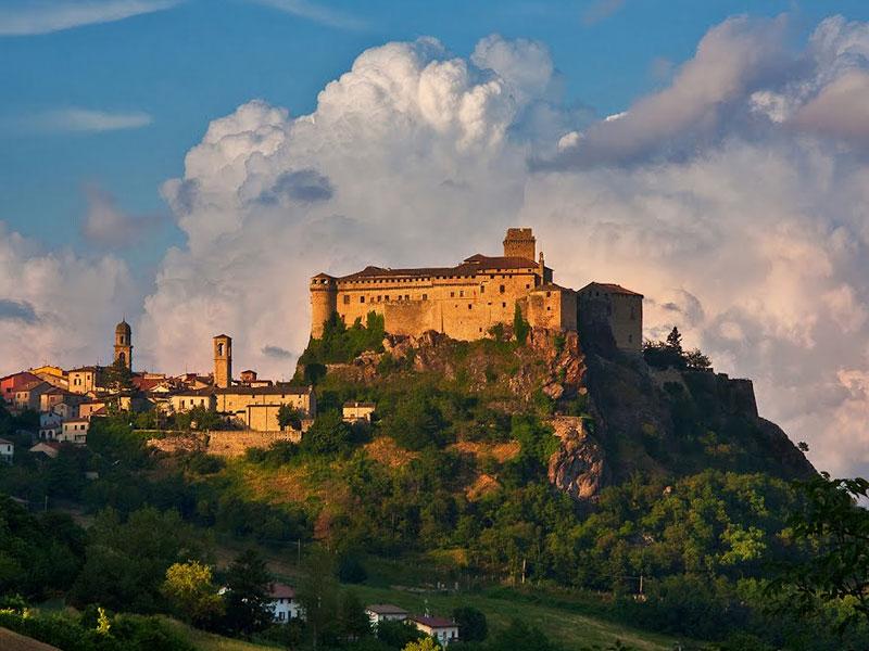 Lo splendido Castello di Bardi
