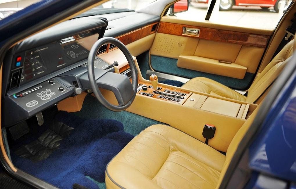 84_Aston-Martin-Lagonda-DV_10-RMM-i011