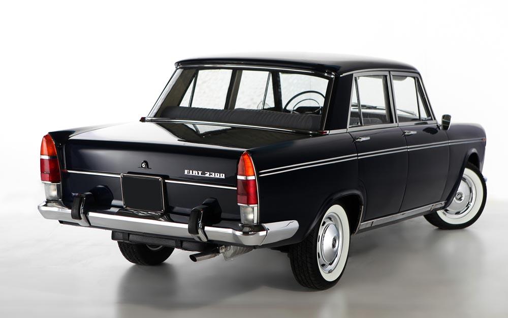 Fiat-2300-Lusso-1965-retro-3-4