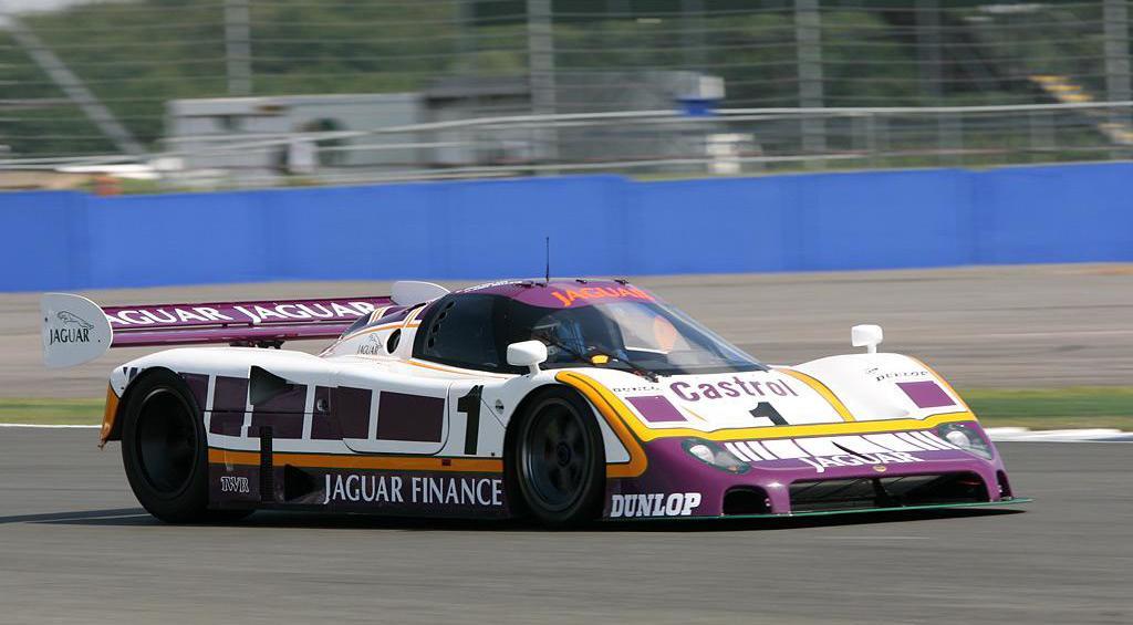 Jaguar-XJR-9