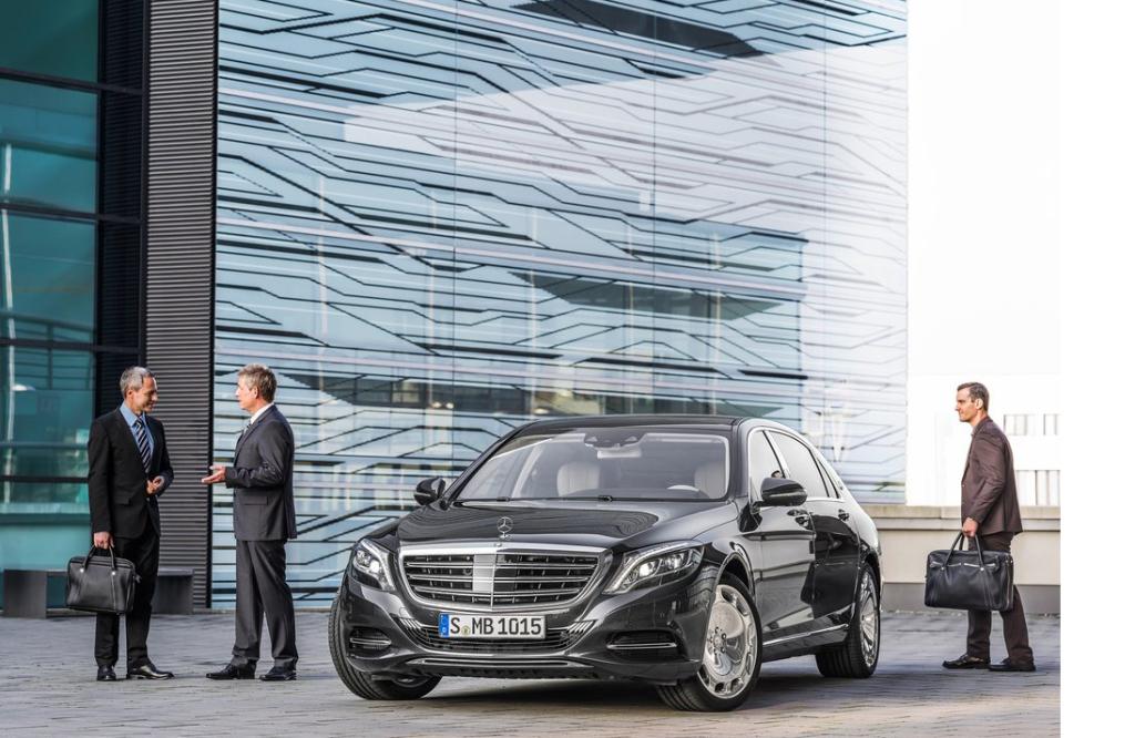 Mercedes-Benz-S-Class_Maybach_2016_1024x768_wallpaper_07