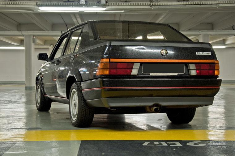Alfa Romeo 75 Turbo, l'ultima vera Alfa merita ben più attenzione