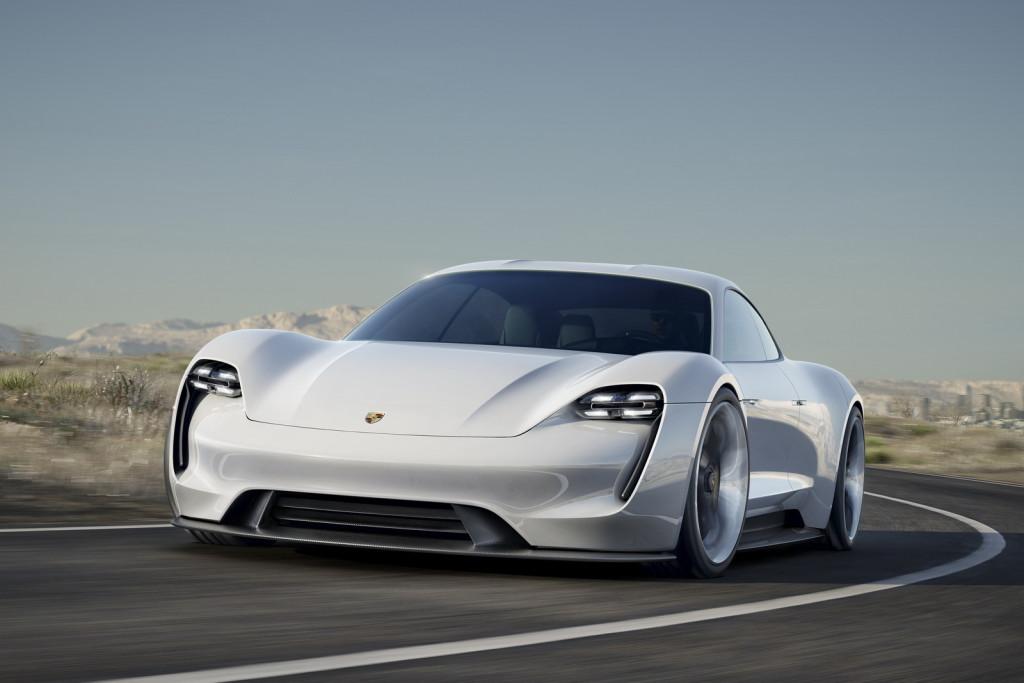 Porsche-MissionE-Concept-05
