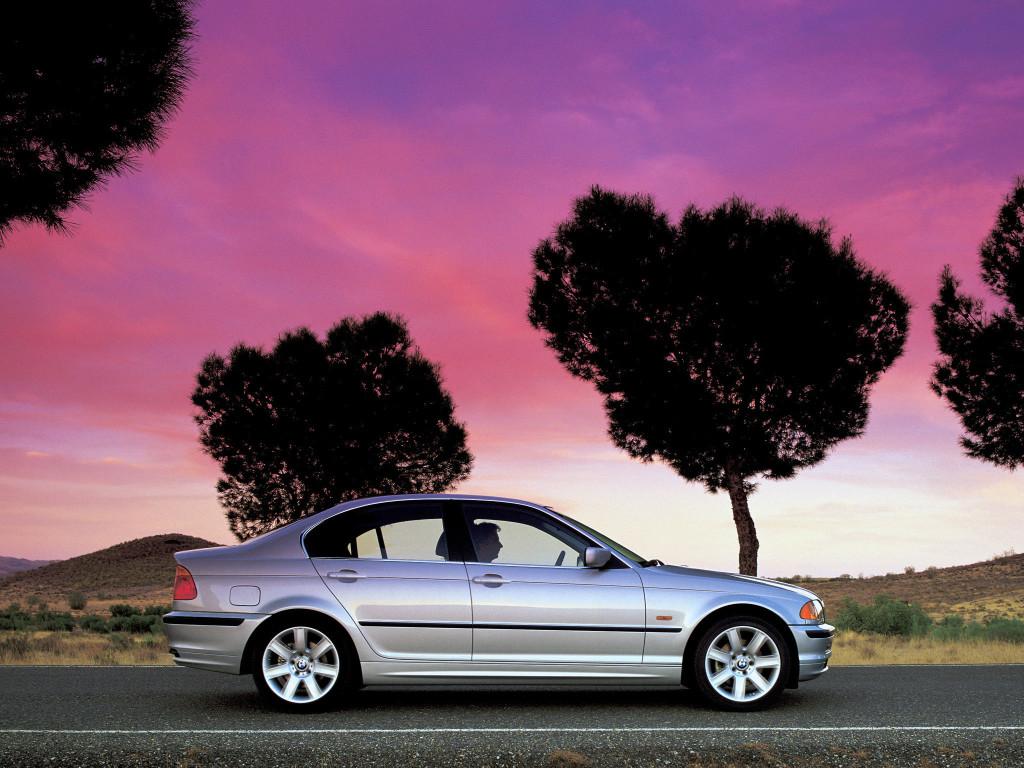 1998_BMW_328i_(_E46_)_004_4135