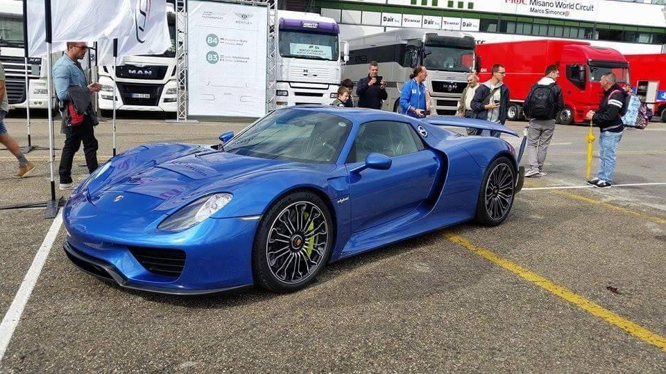Porsche-918-Spyder-Horacio-Pagani-1