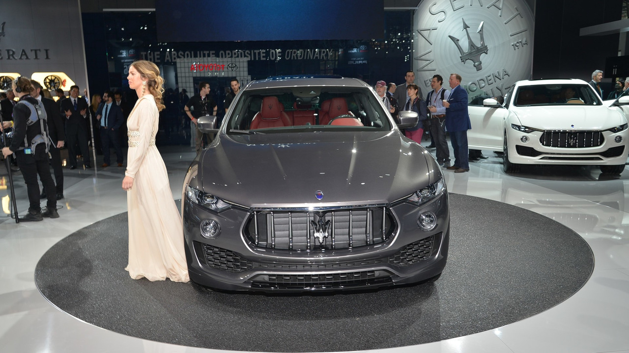 2017-maserati-levante-live-in-new-york (1)