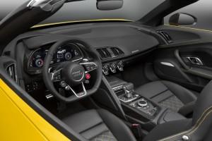 Audi-R8-Spyder-2017-36