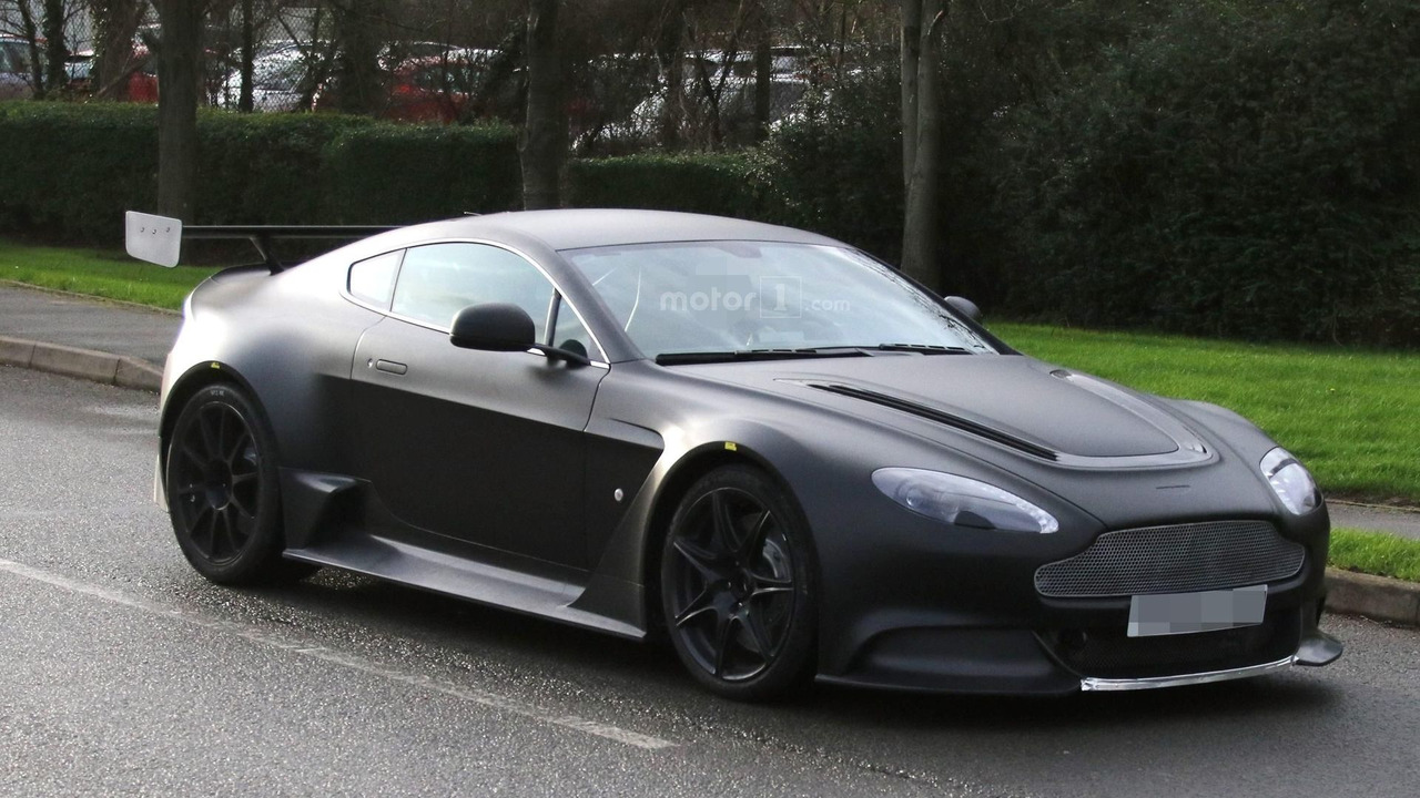 aston-martin-vantage-gt8-spy-photo (4)