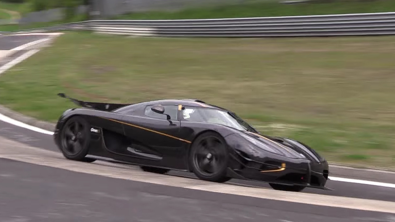 koenigsegg-one1-laps-nurburgring-on-video