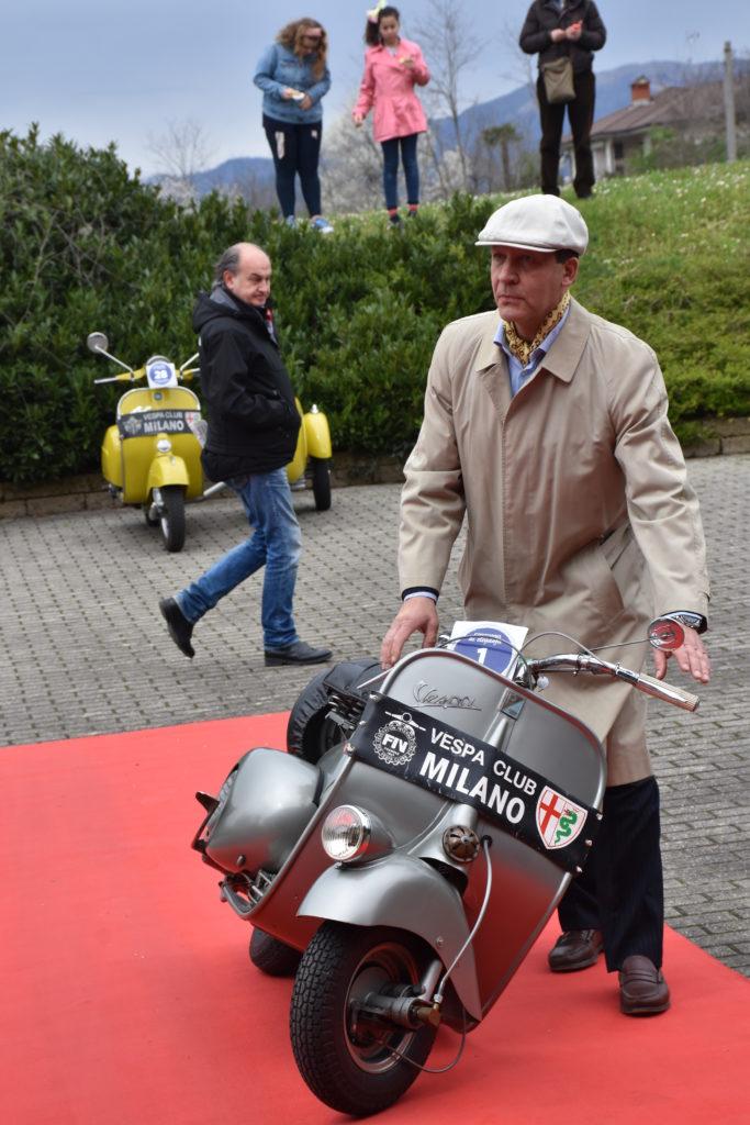 Vespa 98 del 1947 e del suo proprietario Pozzi Roberto